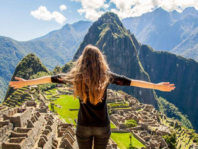 MACHU PICCHU BY BUS 3 DAY